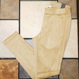 New WHBM Tan Ponte Legging size 8 NWT